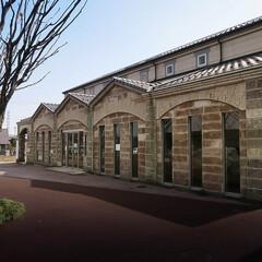 大谷石/ちょっ蔵広場/隈研吾/宝積寺駅 地元栃木県の大谷石 重厚感のある建物です…