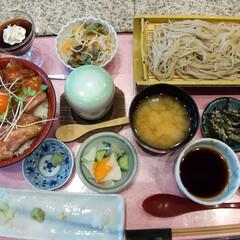 あらいや/佐野市/栃木県/満腹/ローストビーフ丼/蕎麦 こちらのお蕎麦屋さんは、ボリューム満点💯…