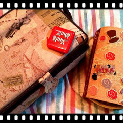 リメイク/デコる/お菓子の箱再利用/フェルト/アンティーク/ソーイングボックス/... 私のソーイングBOX☆☆  左のアンティ…