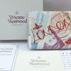 お買い物/カードケース/イギリス/ヴィヴィアンウエストウッド/令和の一枚/収納/... ヴィヴィアンのカードケース♥  お札柄が…