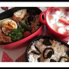 休憩/ボヌール/お弁当のおかず&便利グッズ/お弁当/暮らし/節約 遅い昼食  今日のお弁当はチャーハン弁当…