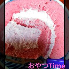 おやつタイム/ロールケーキ/イチゴ♪/住まい/おでかけ/暮らし/... 今日のおやつTime♥♪  イチゴのロー…(1枚目)