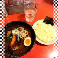 スープカレー吉田商店/スープカレー/キジトラ女子/にゃんこ同好会/おでかけ 義父母にさそ誘われ、お昼ごはんは行きつけ…(1枚目)