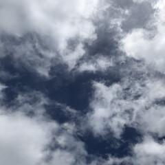 雲/空 じっくり、見てると なんだか吸い込まれそ…