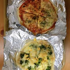 ステイホーム/ピザ/おうちごはん/簡単 今日は、初めて手作りピザを旦那さんと作り…