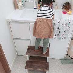 お家遊び/暮らし 暑かったので洗面所で泡遊びをしていた娘👧…(4枚目)