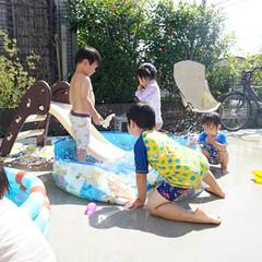 お友達/プール 友達が遊びにきた日の写真😊 可愛い男の子…(2枚目)
