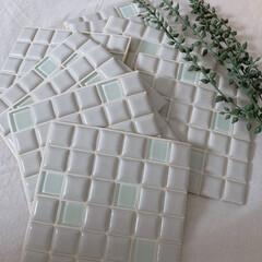 モザイクタイル プチコレガラスMIX ホワイト | 藤垣窯業(その他建築用タイル)を使ったクチコミ「2度目のモニター当選☺️✨ プチコレガラ…」(2枚目)