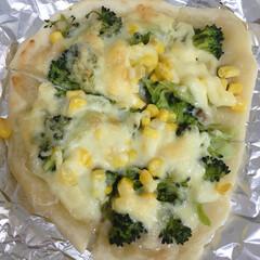 ステイホーム/ピザ/おうちごはん/簡単 今日は、初めて手作りピザを旦那さんと作り…(3枚目)