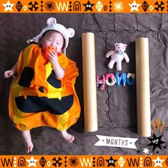 ハロウィン/生後11ヶ月/おひるねアート/月齢フォト/ベビーフォト/100均deハロウィン ベビ11ヶ月になりました。 すくすく。 …