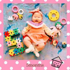 子育て/ブロック文字/生後5ヵ月/成長記録/おひるねアート/ベビライフ/... ☺︎ベビ子 成長記録。 5ヵ月になりまし…