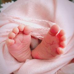 大家族/セルフ撮影/ママカメラ/アンティーク/新生児/ニューボーンフォト/... ☺︎生まれて5日目 のころ とってもポカ…(2枚目)