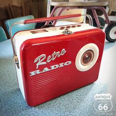 缶バッグ/お弁当箱/アンスタカタログ/アンスタ/アンティークスタイル/ラジオ/... 🇺🇸アメリカで見つけた レトロなラジオ型…