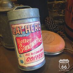 ブリキ缶/ヴィンテージキャニスター/アンティークスタイル/アメリカンヴィンテージ/アンスタカタログ/アンスタ/... 🇺🇸アメリカで見つけた ブリキ製のヴィン…