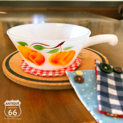 アンティークスタイル/アメリカンヴィンテージ/アメリカ買付/ヴィンテージ食器/ヴィンテージキッチン/ファイヤーキング/... 🇺🇸アメリカ買付 「アプリコット」が描か…