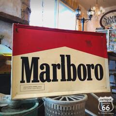 たばこ看板/ヴィンテージサイン/アンスタカタログ/アンスタ/アンティークスタイル/アメリカンヴィンテージ/... 🇺🇸アメリカ買付 マルボロ (マールボロ…