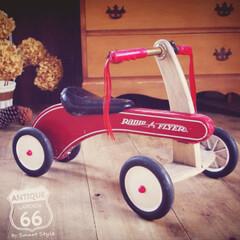 木製玩具/アメリカ/アメリカンインテリア/アメリカンノスタルジック/子供部屋(キッズルーム)/木製乗用玩具/... 1917年創業のアメリカ生まれ、 特徴的…
