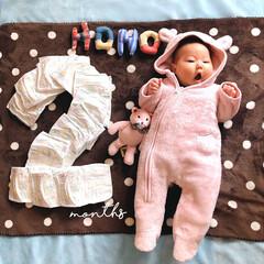 にぎにぎ/生後2か月の女の子/お昼寝アート/ハンドメイド/暮らし 我が家のアイドル あっという間に 2ヵ月…