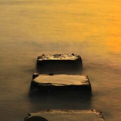 海/夕日/日没/黄昏/夕焼け/テトラポッド/... 四角い頑固者とカボチャ色の微笑み  A …