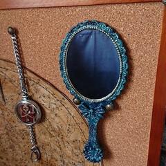鏡リメイク/魔法/ファンタジー/100均/セリア/ハンドメイド 古ぼけた感じの魔法の鏡に塗装しました。 …