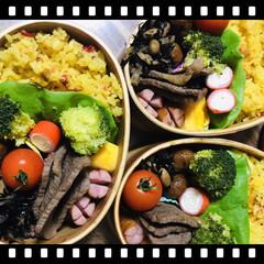 お弁当🍱 おはようございます☀  今日も暖かい!さ…(1枚目)