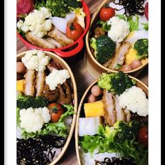 お弁当🍱 おはようございます☀  今日は、すごく寒…(1枚目)