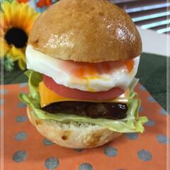 手作りパン/食べにくいハンバーガー/ハンバーガー/フォロー大歓迎/LIMIAファンクラブ/至福のひととき/... 食べにくいハンバーガー 作ってみたくて作…