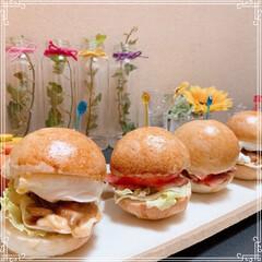 BLTバーガー/てりたまバーガー/ハンバーガー/手作りパン/フォロー大歓迎/LIMIAファンクラブ/... ベーコンレタストマト🍔(BLT) 照り焼…