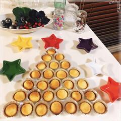 AEON/Xmasツリー/カップケーキ/ダイソー/セリア/100均/... カップケーキ並べたら ツリーに見えてきま…(1枚目)