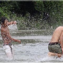 避暑地/水しぶき 避暑地  白い息子と黒い友達 いくつにな…