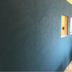 ニッペホームプロダクツ/デコボコベース/壁/インテリア/DIY/住まい/... 事務所&倉庫側の壁はペンキ&ボコボコベー…