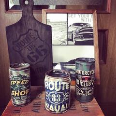 カッティングボードとリメ缶とポスター カッティングボードとリメ缶とポスター😁何…