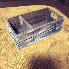 プチリメイク/セリアの木箱 今回はプチリメイクです😄 セリアの木箱を…