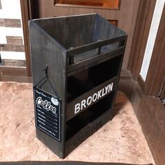Brooklyn Coffee/カフェ風/三段シェルフ セリアの木箱と板とスノコでカフェ風 三段…(2枚目)