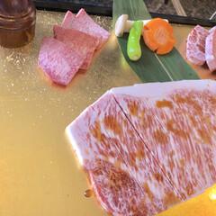 誕生日/おいしい/高級/タン塩/サーロイン/霜降り/... 先日友人が新宿の六歌仙を予約してくれまし…