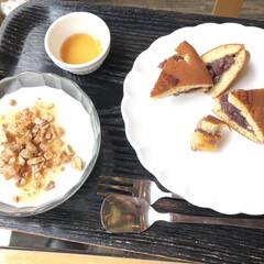 朝ごはん/どら焼き/杏仁豆腐/おでかけワンショット/節約 泊まった旅館に杏仁豆腐バイキングがあった…(1枚目)