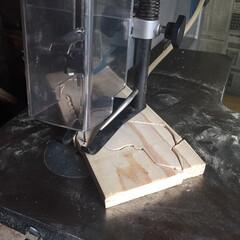 杉板/糸鋸盤/木工/雑貨/DIY/ハンドメイド/... 糸鋸盤をフリマで見つけゲット😃 以前飼っ…(3枚目)