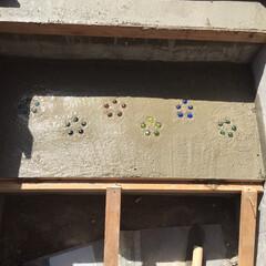 ビー玉/駐車場/階段/玄関/雑貨/DIY/... カーポートと庭をつなぐ階段です、以前は違…(9枚目)