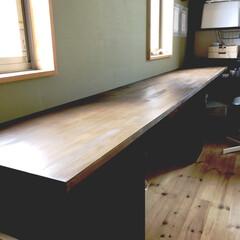 カラーボックスリメイク/カラーボックスdiy/カラーボックスデスク/カラーボックス 4人もいるのでひとり一台学習机を置くスペ…