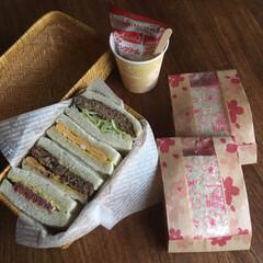 お弁当/サンドイッチ/鰹節メンチカツ 鰹節メンチカツ    牛挽肉、白菜、新玉…