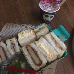 サンドイッチ弁当 サンドイッチ弁当🥪  コロッケ、ベーコン…(1枚目)