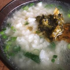中華粥/わたしのごはん オカケンの中華スープの素を水に溶かして冷…
