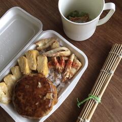お弁当 鳥の豆腐和風あんかけバーグ弁当🍱  竹輪…(1枚目)