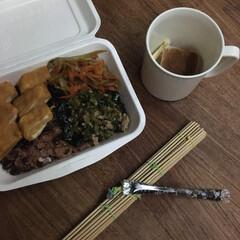 お弁当 お赤飯弁当🍱  出汁巻玉子、きんぴらごぼ…(1枚目)