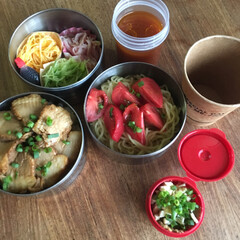 冷やし中華/チャーシュー丼/お弁当/わたしのごはん チャーシュー丼弁当🍱  冷やし中華、揚げ…