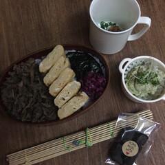 お弁当 鯛味噌のり弁🍱  舞茸と牛肉の生姜山椒時…(1枚目)