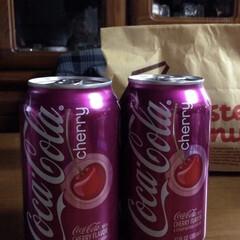 チェリー /Coca-Cola/コカコーラ クセがありますね😅