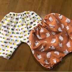 ベィビーパンツ/かぼちゃパンツ/100均手ぬぐい/手作り楽しい/ダイソー/100均/... 100均手ぬぐいでベィビー用のパンツを作…