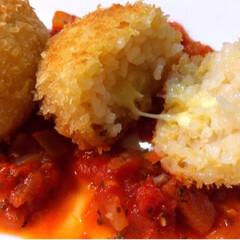 簡単/オーブン/揚げない/リゾット/トマトソース/トロトロチーズ/... トロトロチーズのライスコロッケ。  余り…(2枚目)
