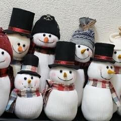 ハンドメイド/スノーマン作り/スノーマン/クリスマス手作り/クリスマス準備/クリスマス仕様/... ソックスで作ったスノーマン、10体になり…(1枚目)
